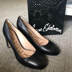 Sam Edelman Solid black leather heel